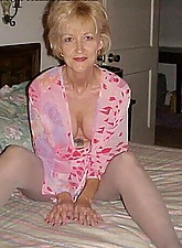 Mature hot shiny mom desires a dirty sex play!